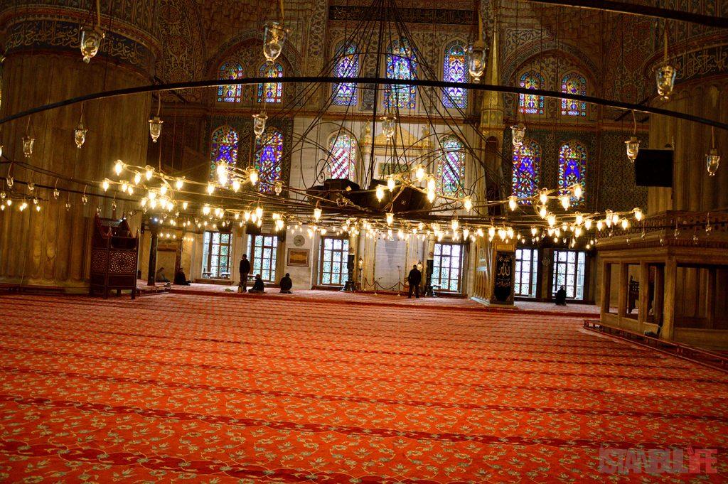 Istanbul-Sultanahmet-Moschee-Innen